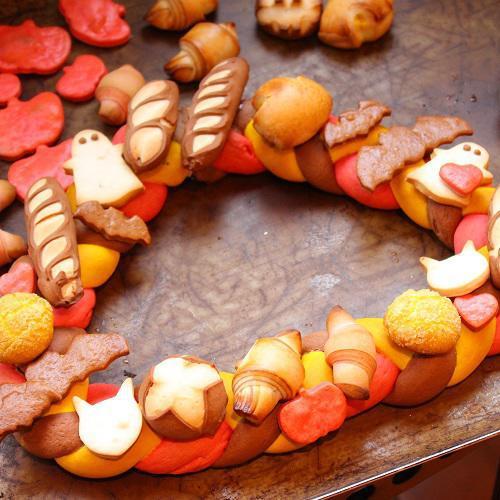 後藤シェフの「ハロウィンの飾りパン」作り