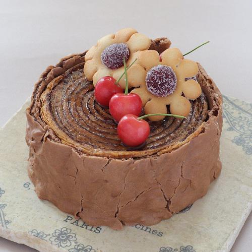 本店限定2020年6月サンクス・ケーキ「さくらんぼの小径」