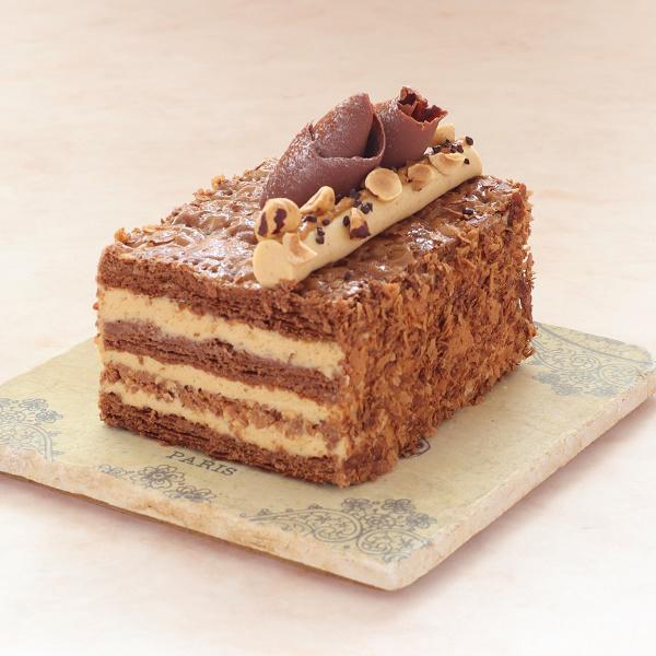 本店限定2021年2月サンクス・ケーキ「ミルフイユ・ノワゼット」