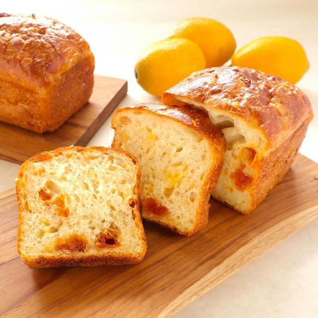 無農薬栽培「マイヤーレモン」と2種の柑橘を使った自家製酵母の「はちみつレモン ミニ食パン」